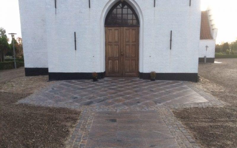 Belægning-Nr-Løgum-Kirke_2